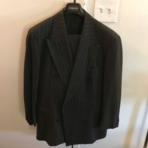 DB cashmere and wool suit